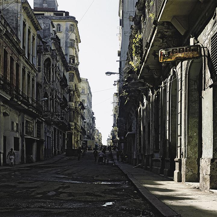 Ampliar En Cuba 25