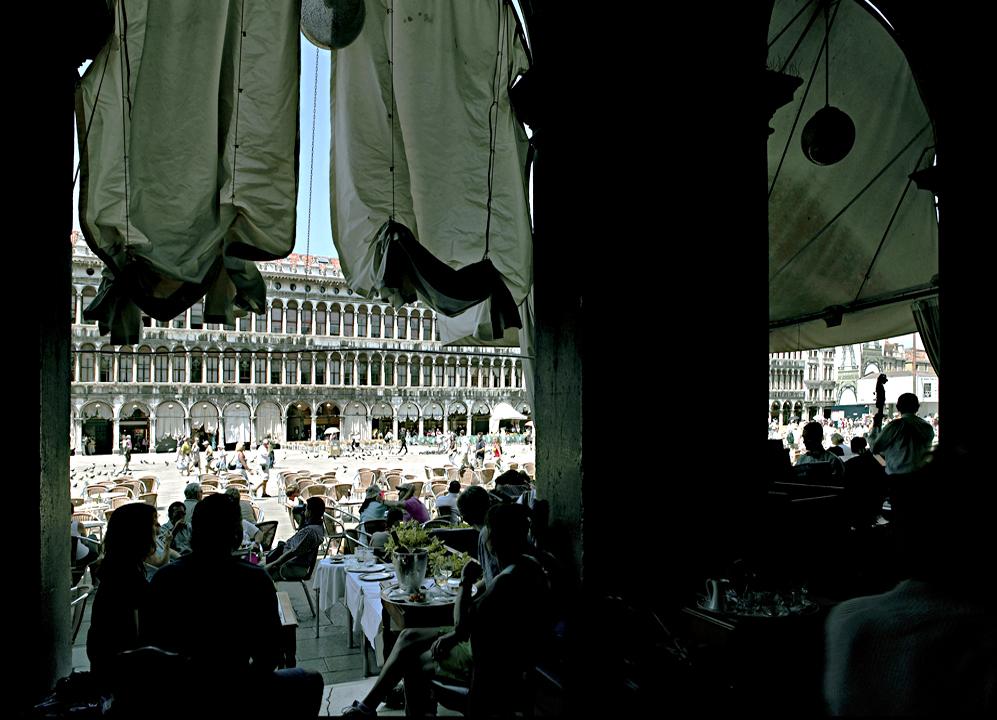 Ampliar Piazza San Marco, Venecia